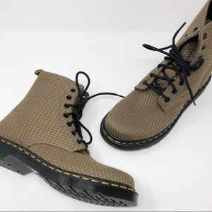 Dr. Martens | Page Waffle Cotton Boots Khaki Green